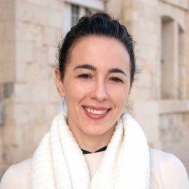 Dr. Carmen Candel